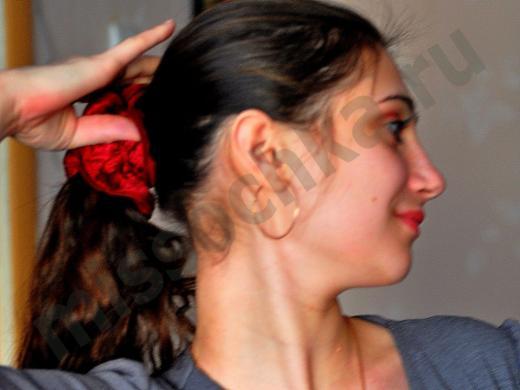 беременная девушка с окрашенными волосами